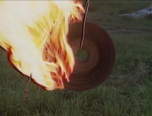 Rescatando sombras -Cine, Muerte y Memoria- (2011)